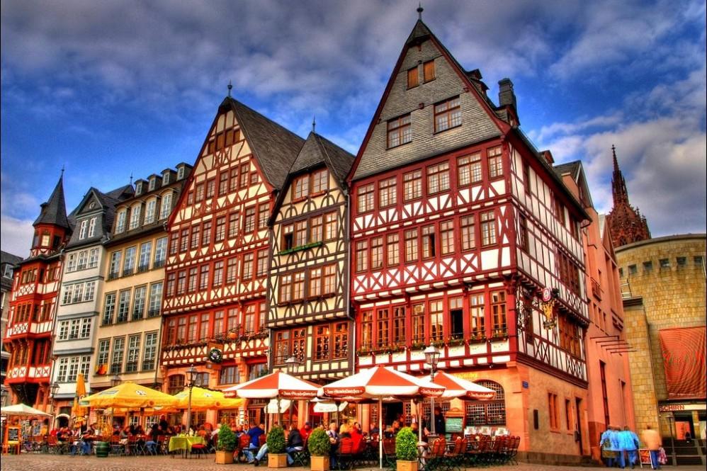 other city(ger frankfurt)