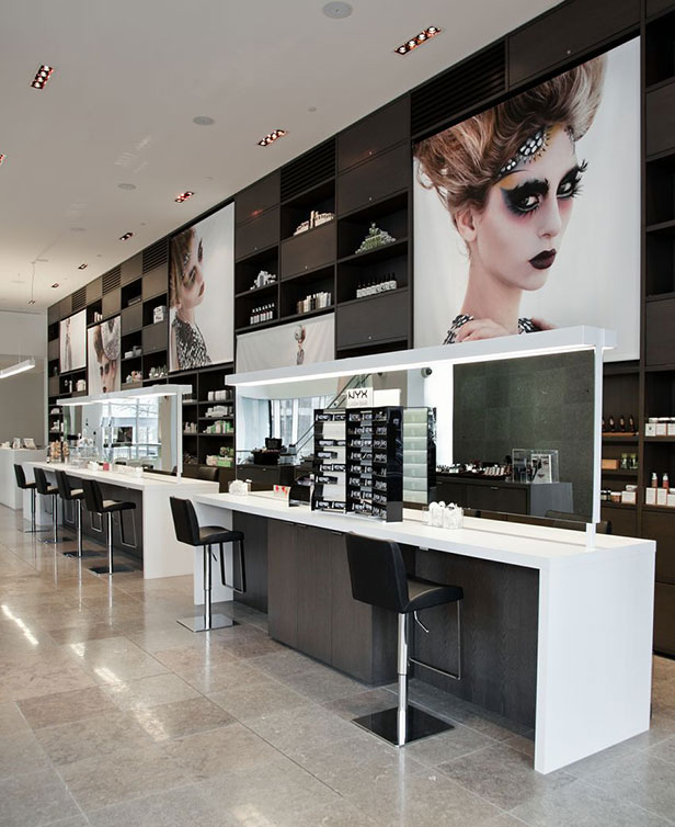 curlique-interior-retail-store